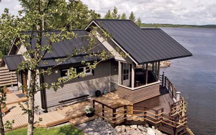 1. Krytina Ruukki Classic Premium udrží chatu v suchu bez větší údržby až několik desetiletí.